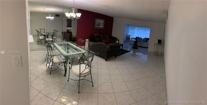 4050 NW 42nd Ave Unit 220