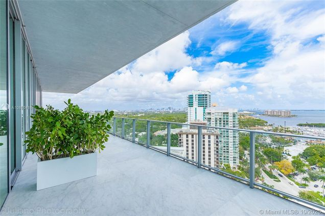 2669 S Bayshore Dr Unit 1902N - Photo 1 of 57