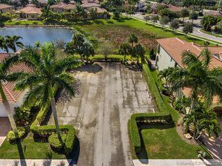 8451 Club Estates Way