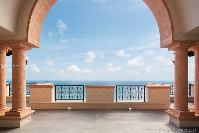 7774 Fisher Island Dr Unit7774 - Photo 1 of 29