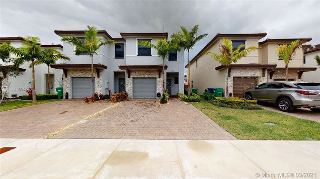 24940 SW 107th Ct - Photo 1 of 38
