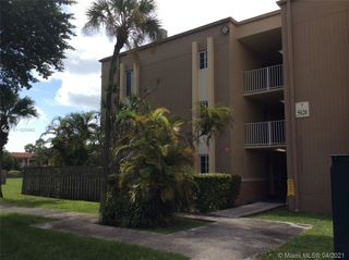 5020 NW 79th Ave Unit102
