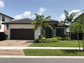 8820 NW 155th Ter