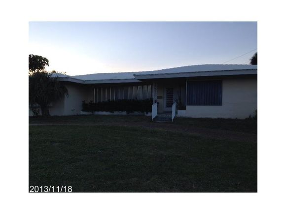 251 S Tradewinds Av - Photo 1 of 10