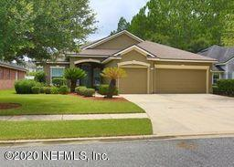 1049 Drakefeather Dr