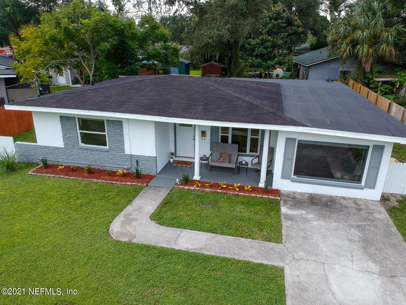 6618 Newcastle Rd - Photo 1 of 35
