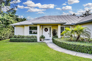 1054 NW 16th Place
