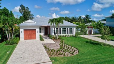 455 NW 9th Street