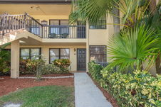 4696 Lucerne Lakes Blvd E Unit 104