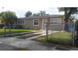 870 NW 84th Ter Terrace