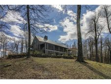 5042 Hogback Mountain Road