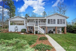 1121 Berry Hill Drive