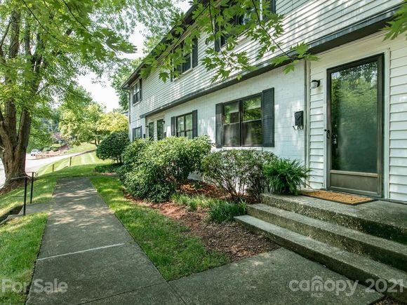 615 Biltmore Avenue - Photo 1 of 35