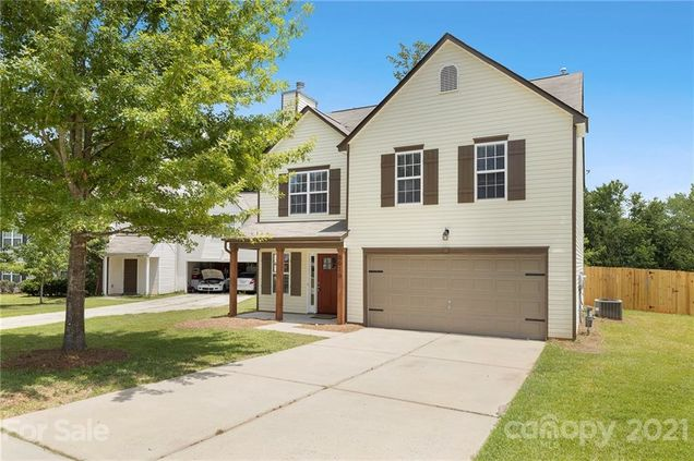 6610 Kelsey Woods Court - Photo 1 of 26