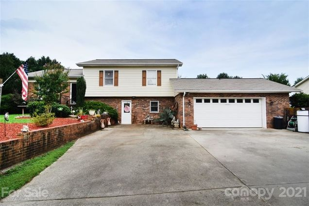 1423 Little Road - Photo 1 of 1