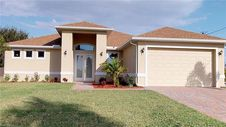 3733 SW 14th Place