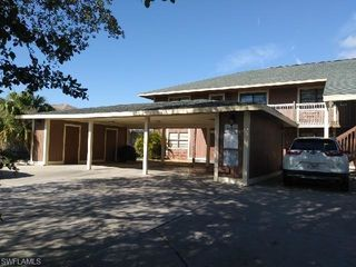1407 SW 16th Terrace Unit 102