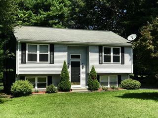 34 Colonial Rd