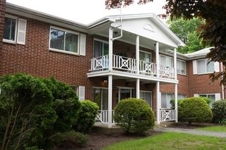 16 Bayberry Dr Unit 4