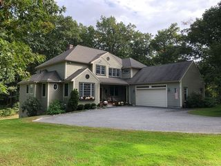 36 Pond View Dr