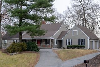 12 Colonial Drive