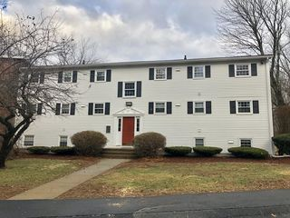 115 Old Meetinghouse Rd Unit 115