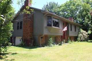 73 Anderson Rd