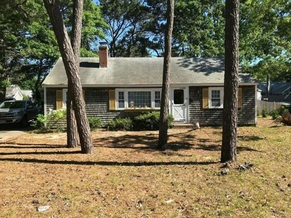 20 Sycamore Ln - Photo 1 of 8