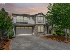 545 NW CAMBRAY PL