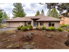 3244 NW MELVILLE DR