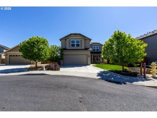724 NW GREEN FOREST CIR