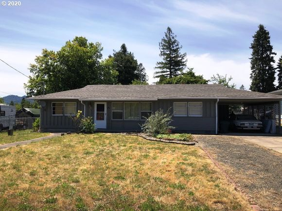 785 Se Summit Dr Roseburg Or 97470 Mls 20251438 Estately