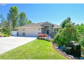 728 NW FREMONT ST