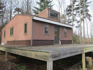 4863 Camp Brook