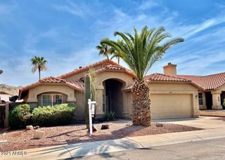 2427 E CATHEDRAL ROCK Drive