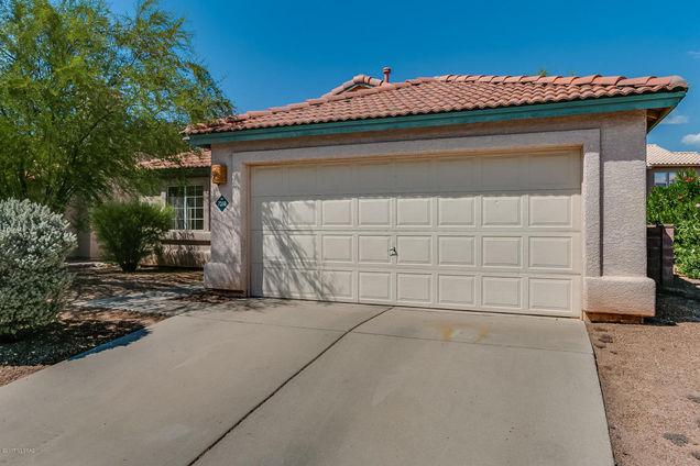7260 W Maple Ridge Drive Tucson Az 85743 Mls 21723958 Estately