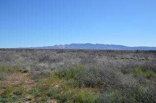 4035 W Yucca Lane