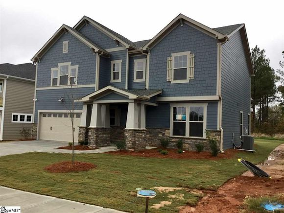 102 Daystrom Drive - Photo 1 of 35