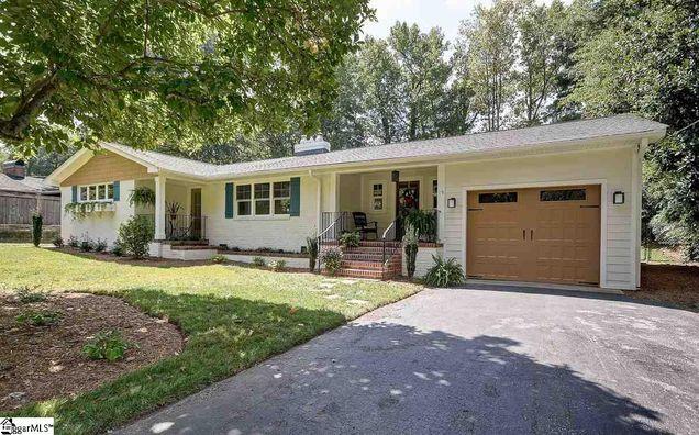19 Burgundy Drive, Greenville, SC 29615 - MLS# 1352708 | Estately
