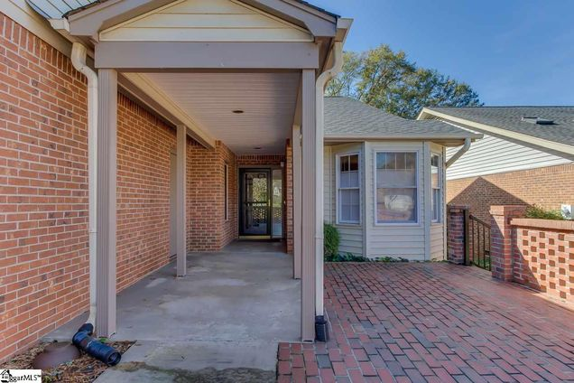 406 Swansgate Place - Photo 1 of 35