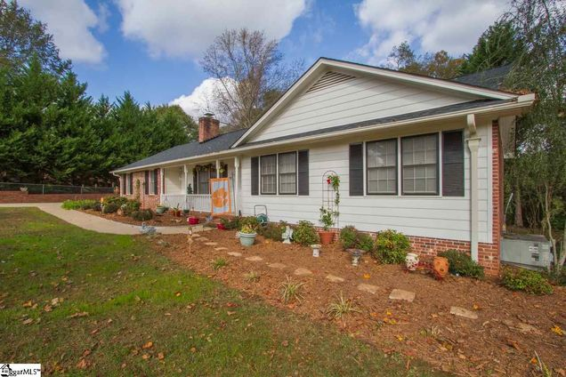 1704 Millgate Road - Photo 1 of 30
