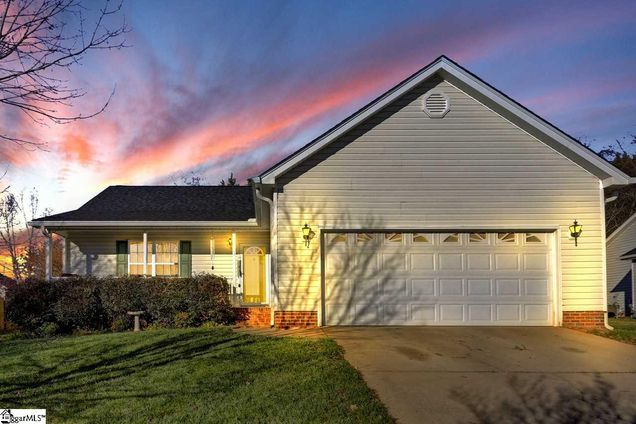 3 Willow Wood Court - Photo 1 of 25