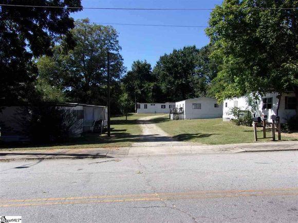 102-104 S Johnson Street - Photo 1 of 7