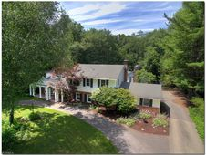 8122 Westhill Dr