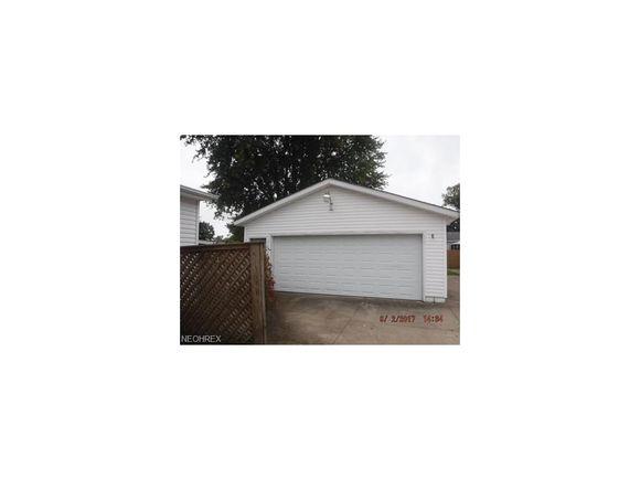 15663 Oakdale St, Middlefield, OH 44062 - MLS# 3942134