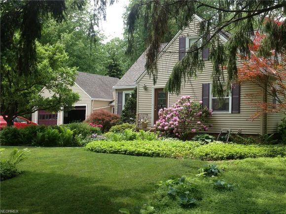 1750 Canterbury Rd, Westlake, OH 44145 - MLS# 3977279 | Estately