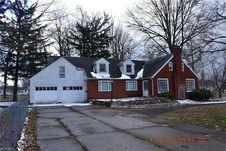805 Maplewood St