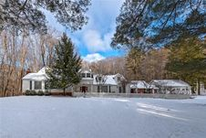 6505 Chagrin River Rd