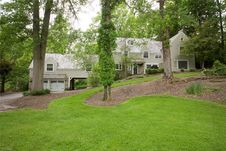 659 Chagrin River Rd