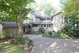 1185 Greensview Dr